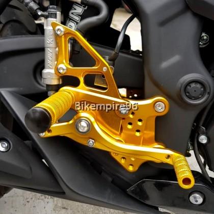 R25 V1 V2 Racing Footrest FX